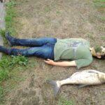 激臭と噂の荒川産ハクレンを釣って、その場で調理して食べてみた(動画連動記事)