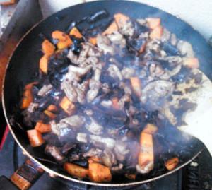 オオバモク,炒り煮