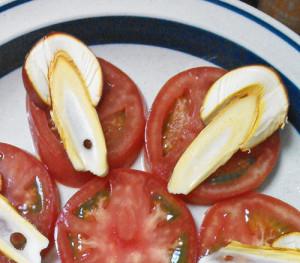 タマゴタケ,幼菌,サラダ