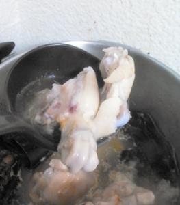 豚足,足てびち,イラブー汁